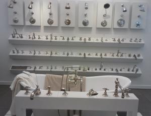 bathrom plumbing fixtures