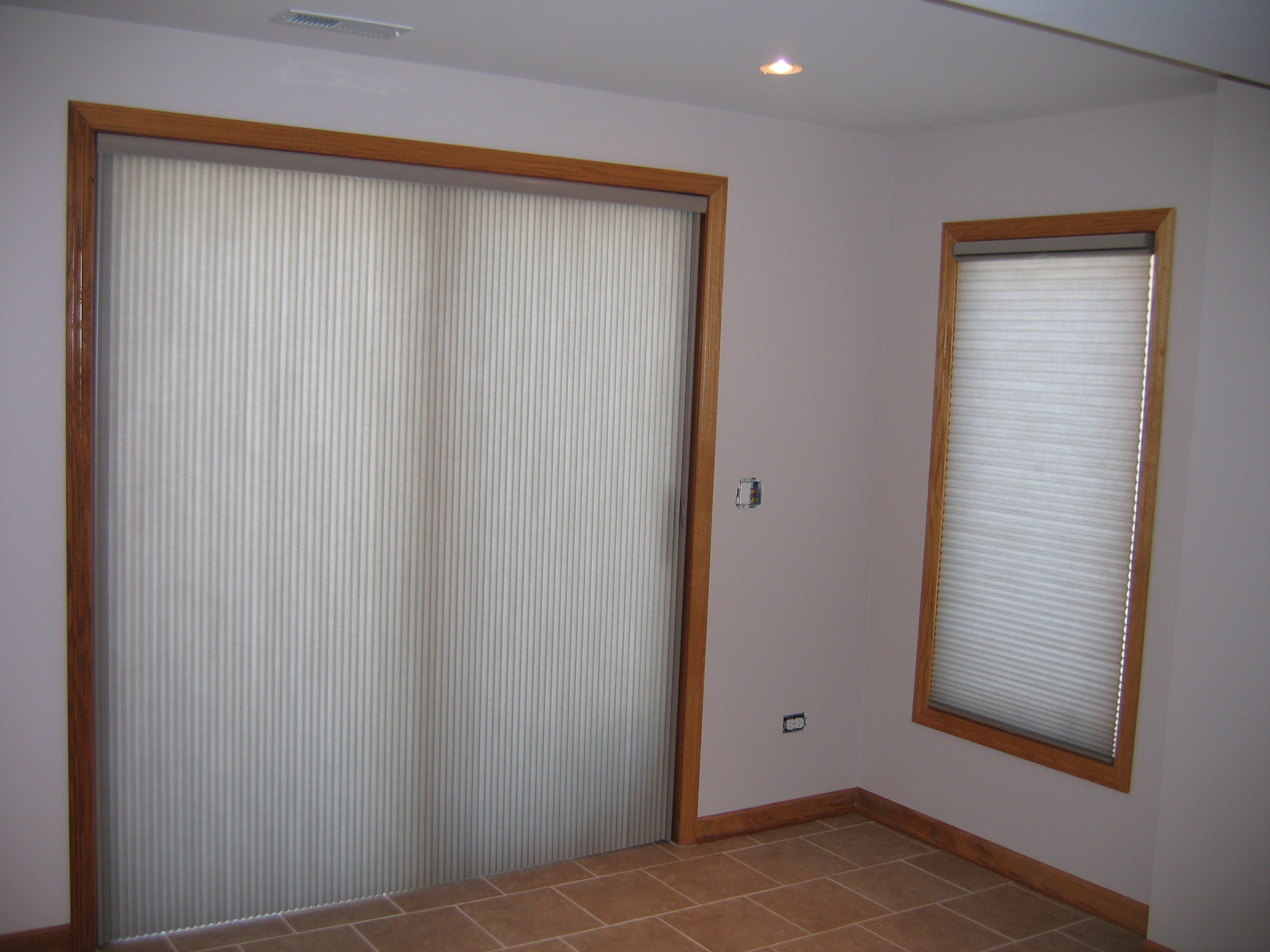 Modern window treatments for sliding doors - Pros